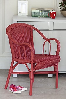 Essentiel Casual Chair In Rose Red