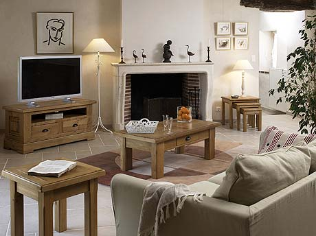 Pinetum Corndell TCH and French Lounge Furniture at Karl